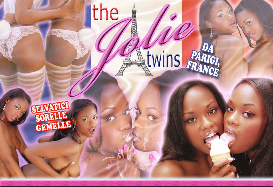 identiche sorelle gemelle, nudo