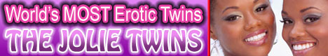 nude identical twin sisters